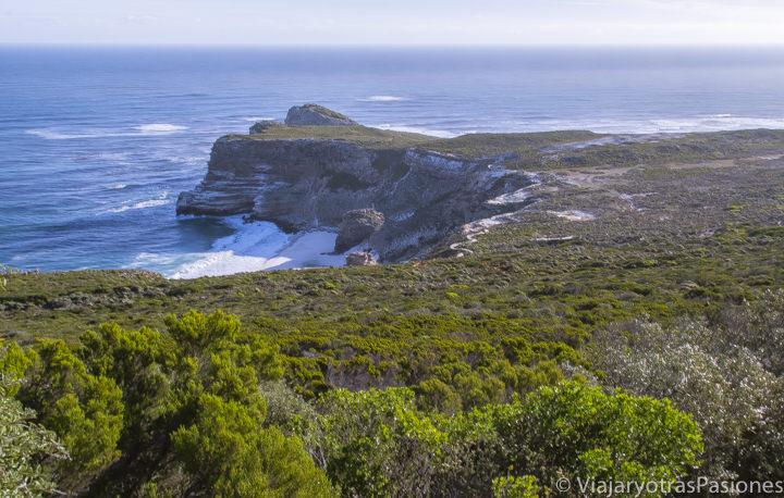 Vista del famosol Cabo de Buena Esperanza en la peninsula del Cabo, Sudáfrica
