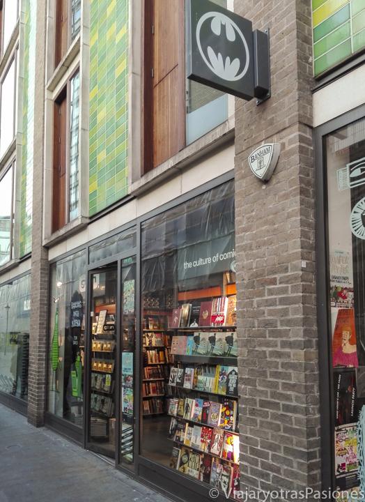 Fachada de la librería de cómics Gosh en Londres en Inglaterra