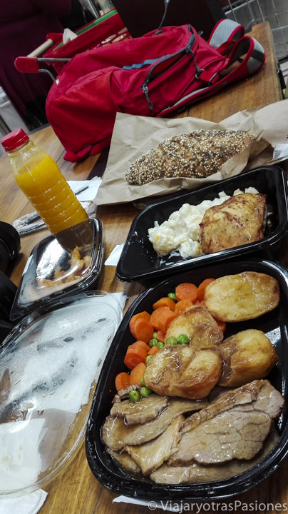 Comida en el super de Hout Bay en la península del Cabo en Sudáfrica
