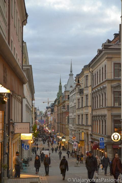 Calle Drottninggatan, Estocolmo, Suecia