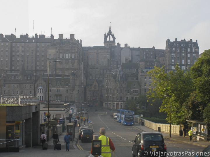 Vista de la Old Town de Edimburgo, en Escocia