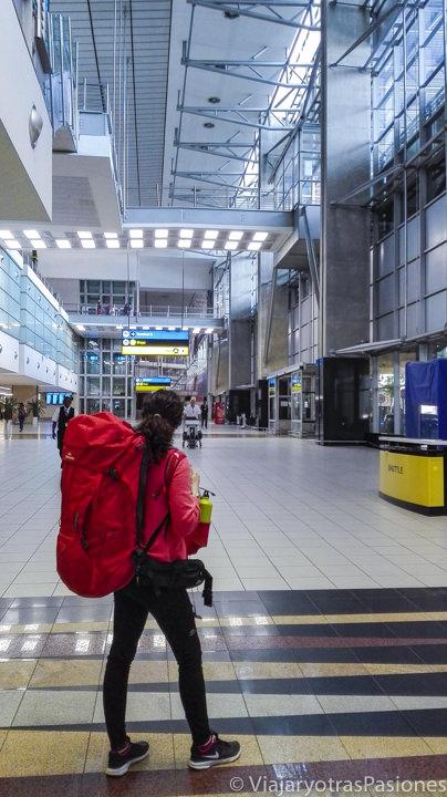 Pasillo del aeropuerto Tambo en qué ver en Johannesburgo en Sudáfrica