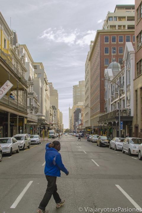 La famosa y bonita calle de Long Street en el centro de Ciudad del Cabo en Sudáfrica