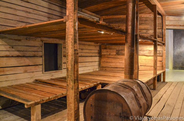 Reproducción de un barracón en el interesante museo del Gulag en Moscú, Rusia