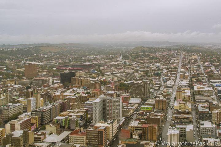 Vista de Johannesburgo desde el Carlton center, el edificio más alto de África