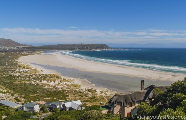 Increíble playa de Noordhoek en el Road trip por la Península del Cabo en Sudáfrica