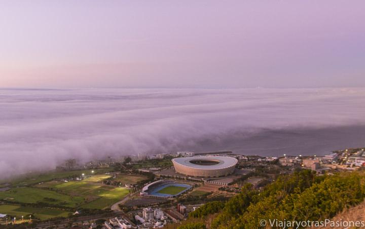 Hermosa vista panorámica que se puede ver desde Signal Hill en Ciudad del Cabo viajando en Sudáfrica por libre