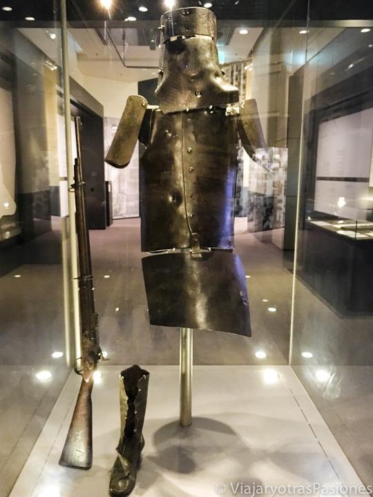 Famosa armadura del famoso Ned Kelly en Melbourne, Australia