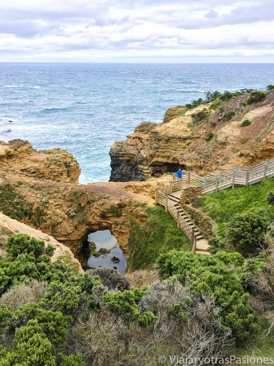 En recorrer la Great Ocean Road se puede ver el espectacular The Grotto en Australia