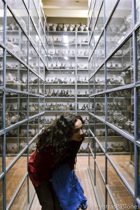 Interesante almacén en el museo Larco en Lima en Perú