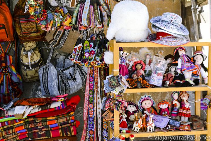 Hermosos recuerdos que se pueden encontrar en visitar el Cañón del Colca en Perú