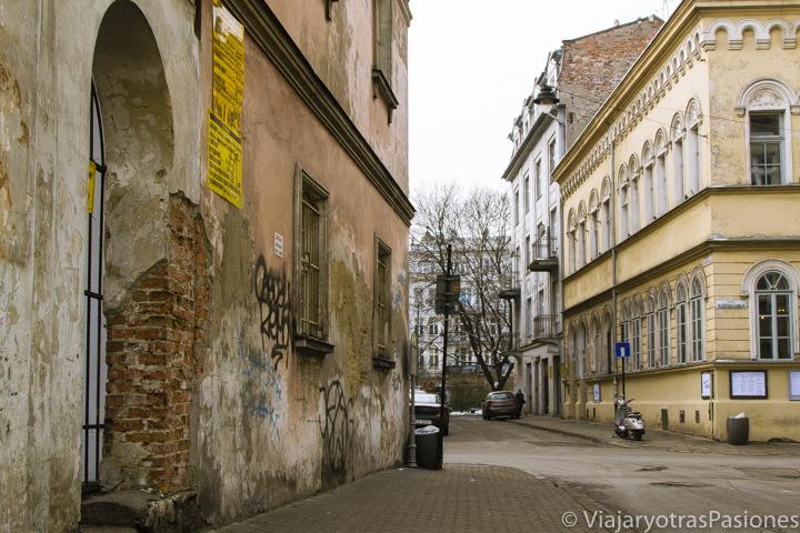 Típico rincón del barrio judío de Cracovia, en Polonia