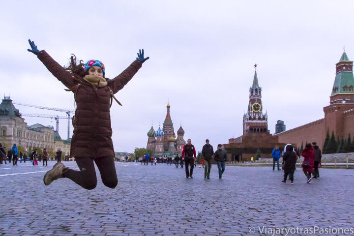 Panorámica de la hermosa Plaza Roja en Moscú, en Rusia