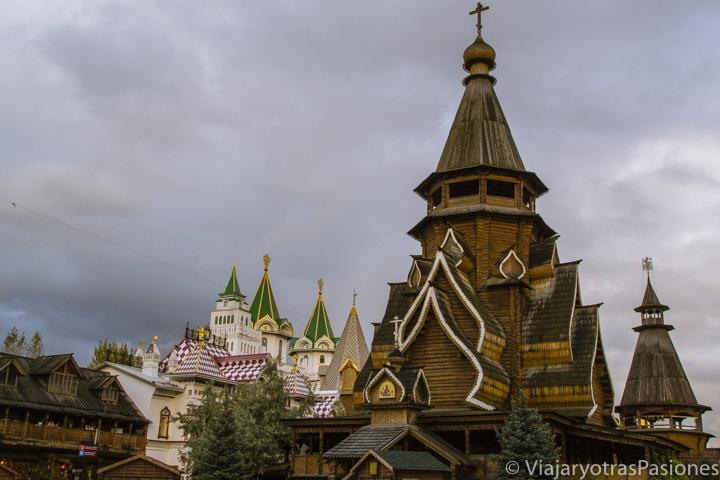 Espectacular kremlin del mercado de Izmailovo en qué ver en Moscú, en Rusia