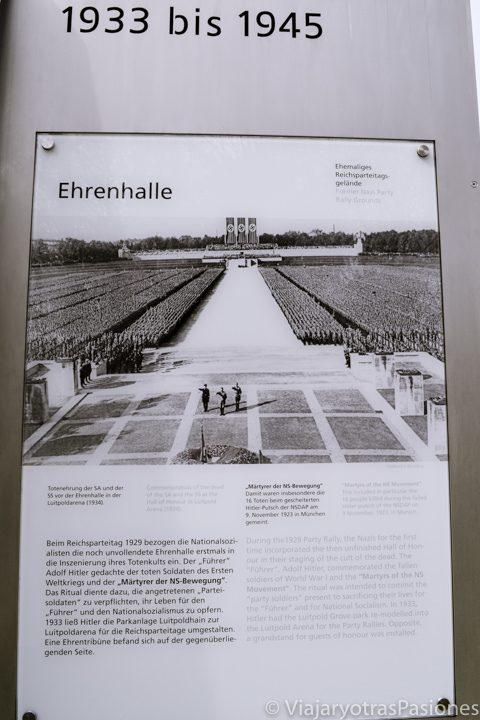 Foto antigua del Ehrenhalle y del Nazi Party Rally Ground en Nuremberg en Alemania