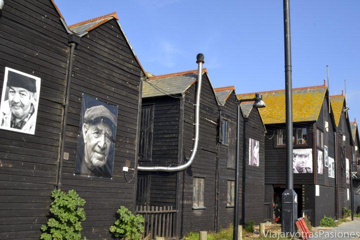 """Net shops"" en el fishing Village o puerto de Hastings"