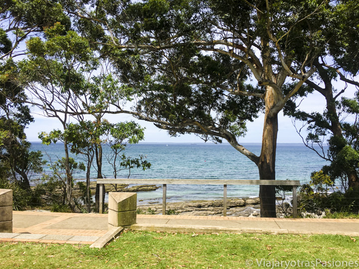 Panorama de la bahía en Huskisson en Jervis Bay, Australia