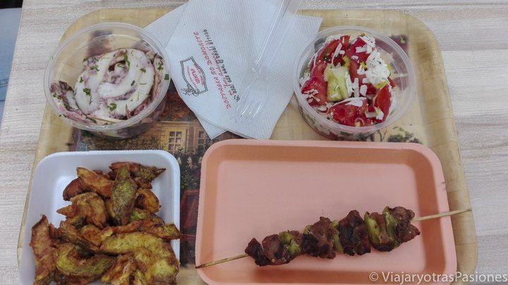 Buena comida durante la visita a Plovdiv en un día