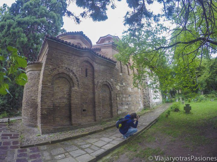Exteriores de la iglesia de Boyana cerca de Sofia, Bulgaria