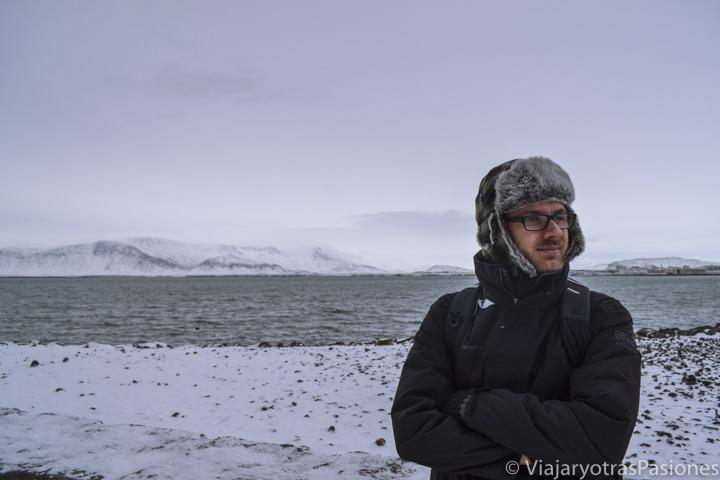 Panorama del puerto de Reikiavik en Islandia