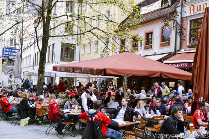 Terrazas en el centro de Múnich, en Alemania