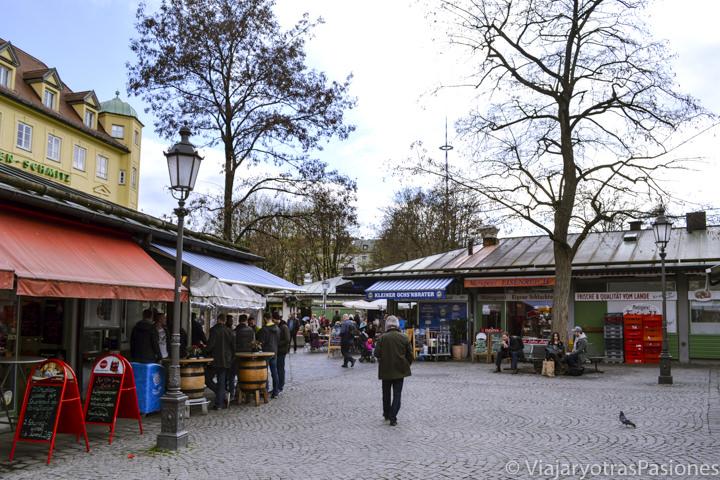 Panorámica del Viktualienmarkt en Múnich, en Alemania