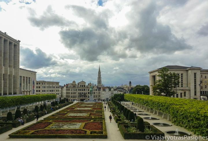 Espectacular panorama desde el Mont des Arts en Bruselas, en Bélgica