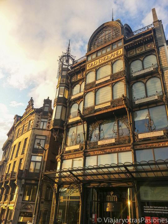 Fachada del Museo de los Instrumentos Musicales en Bruselas, en Bélgica