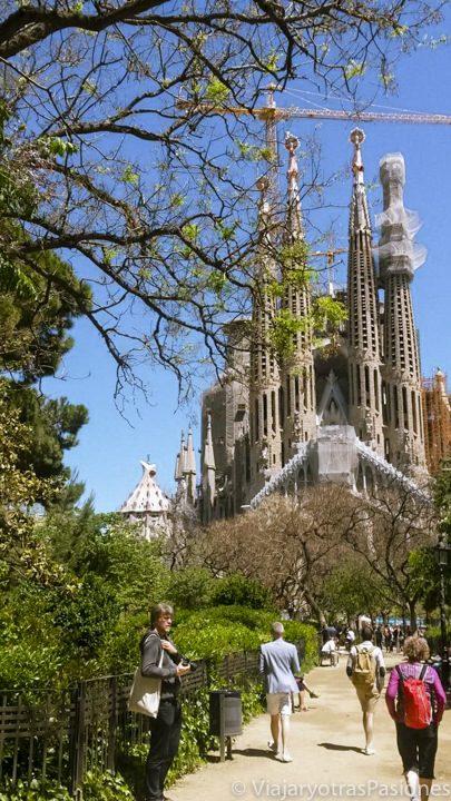Vista de la famosa Sagrada Familia en Barcelona, en España