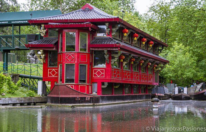 Famoso restaurante chino en el Regent's Canal en Londres