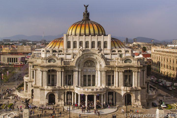 Atardecer de frente al hermoso Palacio de Bellas Artes