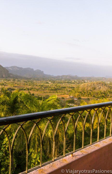 Atardecer en el valle de Viñales desde el hotel Los Jazmines