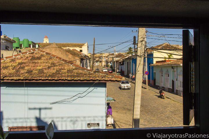 Vista de los techos de Trinidad desde la casa particular en Cuba