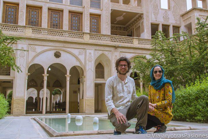 En la famosa casa Abasi de Kashan, Irán