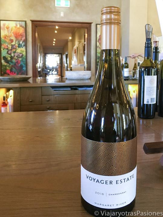 Botella de vino de la Voyager Estate en Australia