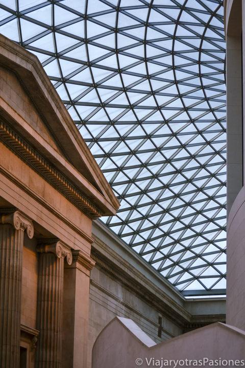 Espectacular techo del famoso Museo Británico en Londres, Inglaterra