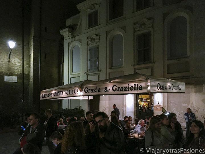 Exterior del restaurante Grazia e Graziella en Trastevere, Roma