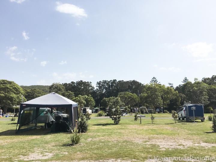 Panorámica del Fingal Bay Holiday Park en Port Stephens, Australia