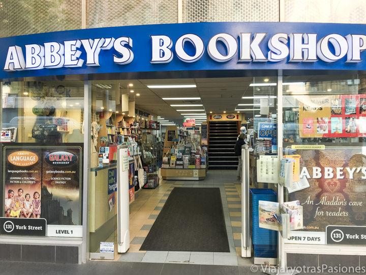 Entrada de la librería Abbey's Bookshop en Sydney, Australia