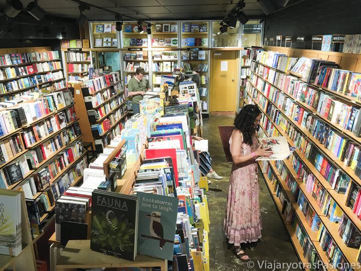 Interior de la librería Berkelouw en Sydney, Australia