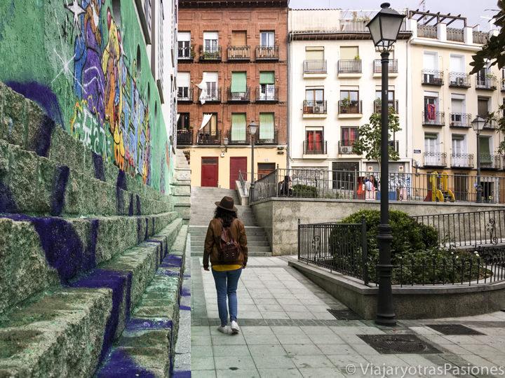 Detalle de una típica placita del barrio de Lavapíes, Madrid