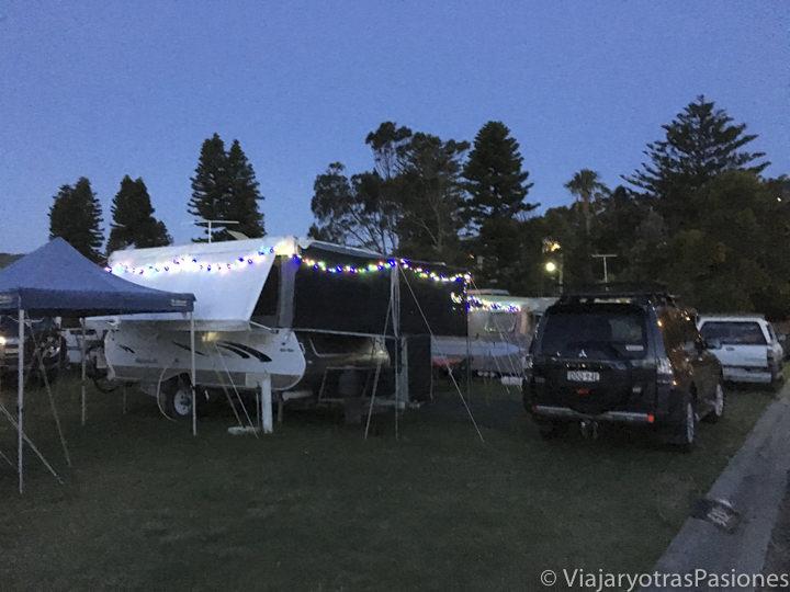Decóracionde Navidad en un camping en Australia