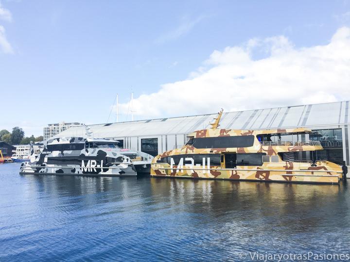Imagen de los ferries para visitar al Mona en Hobart, Tasmania