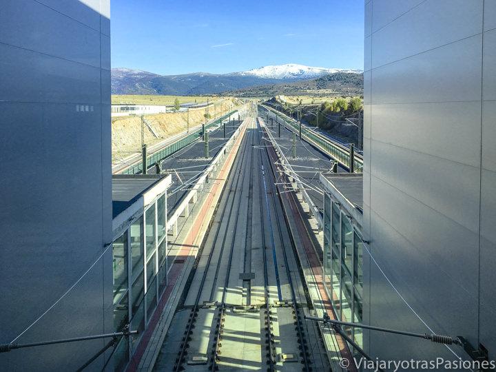 Panorama de la estación de tren Segovia-Guiomar para viajar a La Granja, España