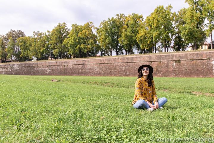 Panorama de la famosa muralla de Lucca, Italia