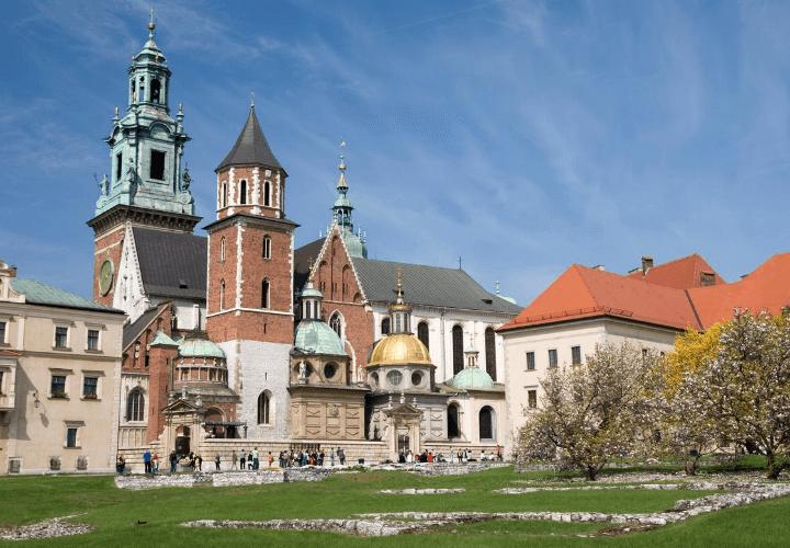 Vista del castillo de Wawel en verano, Cracovia