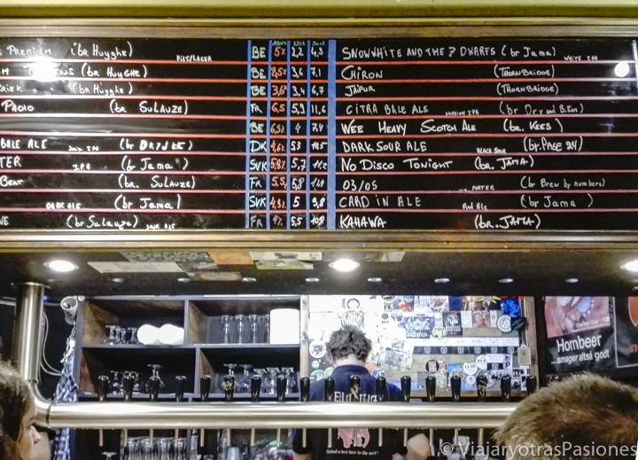 Menu del pub Delirium de Bruselas, Bélgica