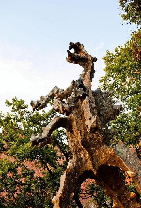 Imagen del dragón de wawel en Cracovia, Polonia