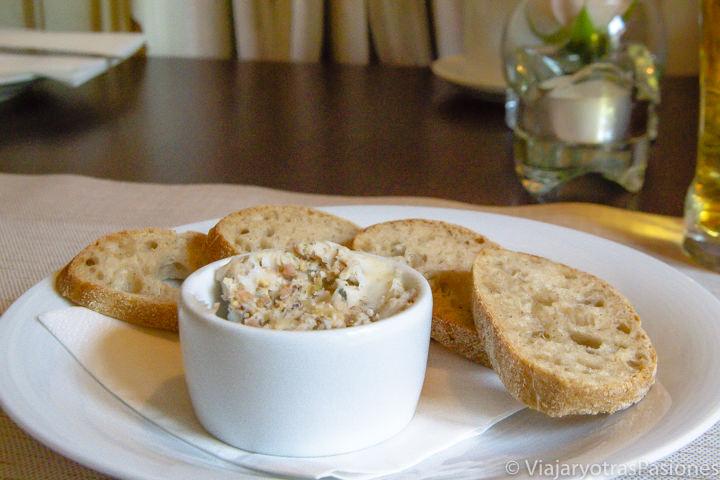 Imagen del delicioso smalec, típica comida polaca