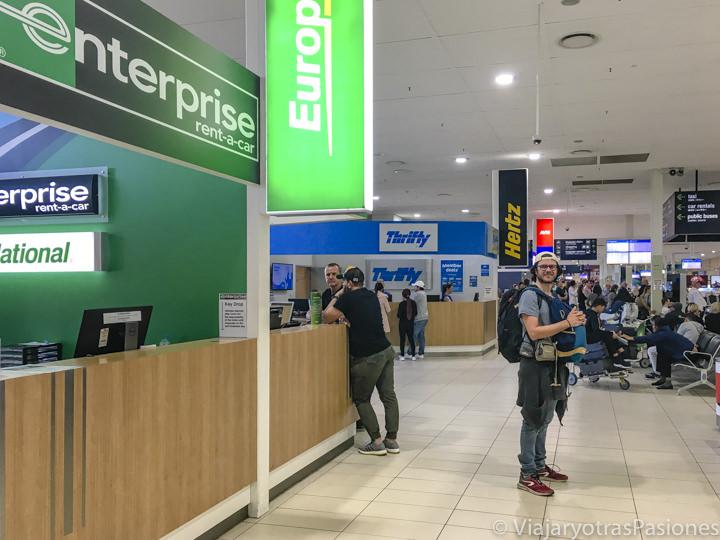 Bancos para alquilar un coche en el aeropuerto de Gold Coast en Australia
